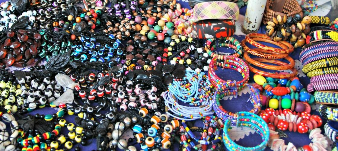 Dobrodelni afriški bazar