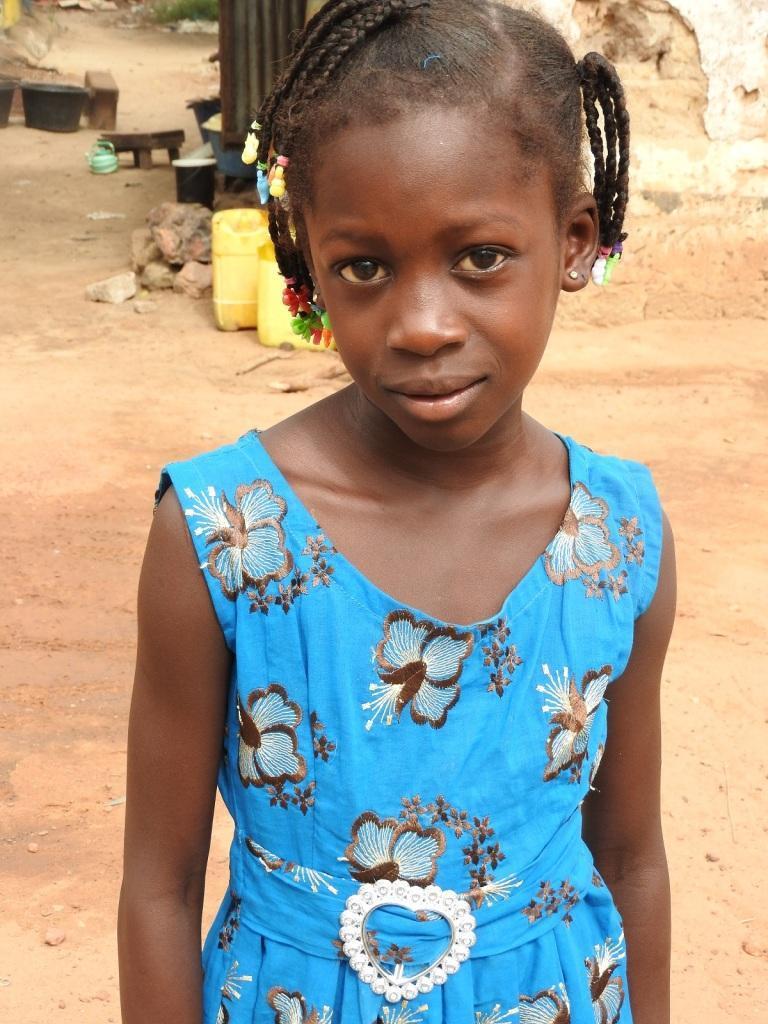 Isatou Sowe NUJNO potrebuje pomoč