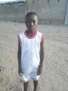 Ousman Faye NUJNO potrebuje pomoč